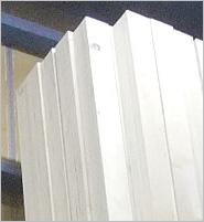 信頼4 燻蒸不要な木材(LVL材)を使用しているのでそのまま輸出が可能!